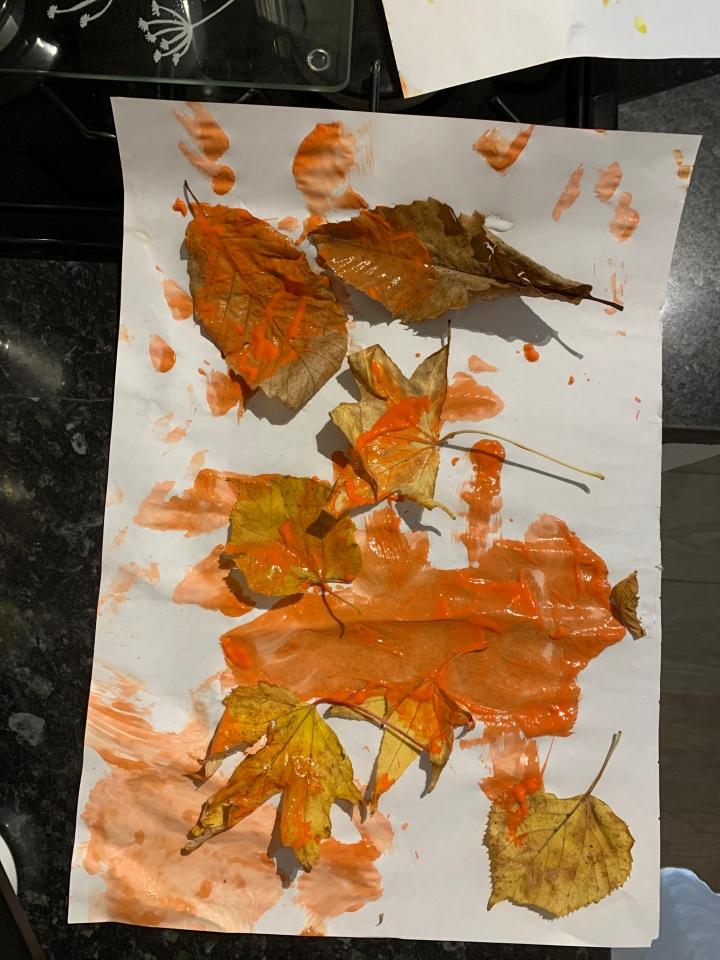 Autumn art activity.
