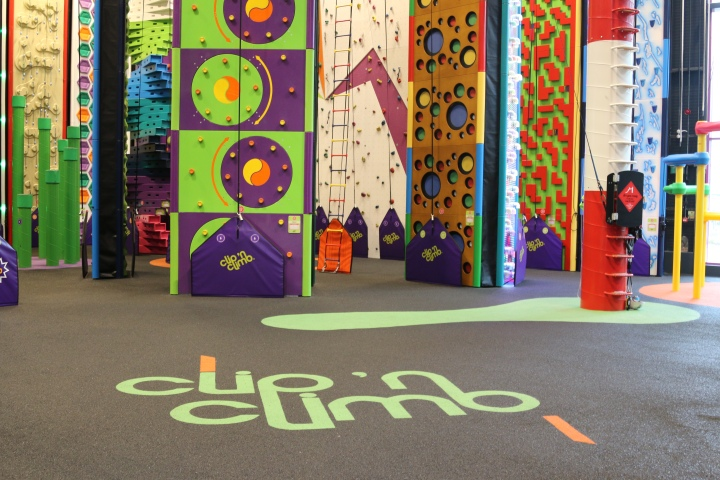 Things to do with toddlers in Suffolk- Bouldering/ climbing at clip n climb!