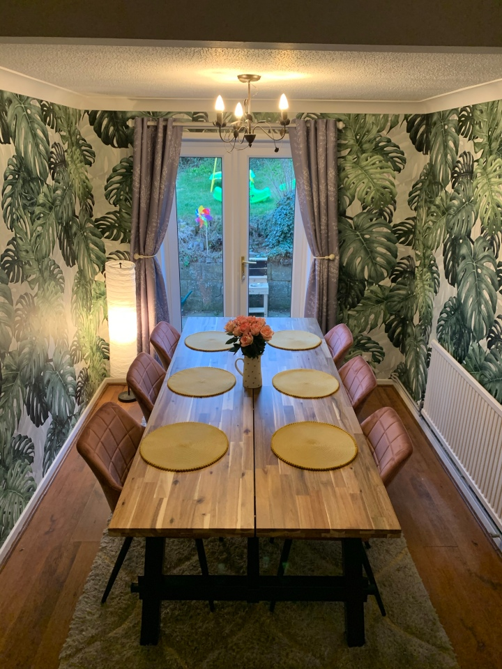 Upgrading our dining room with photowallSweden